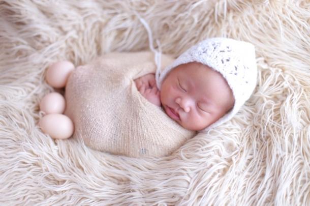 1楼 主题:宝宝满月照出炉,好可爱的乖乖