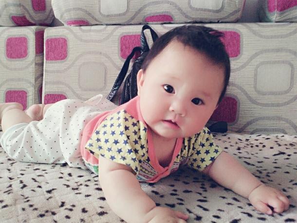 1楼 主题:都来晒晒一周岁内女宝宝的发型吧!