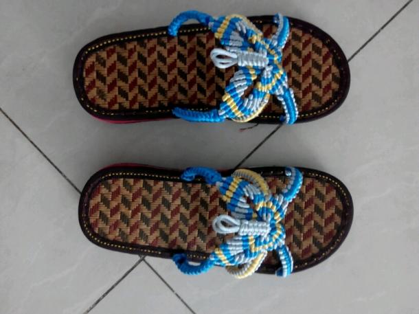 16楼 主题:手编凉鞋好看吗?