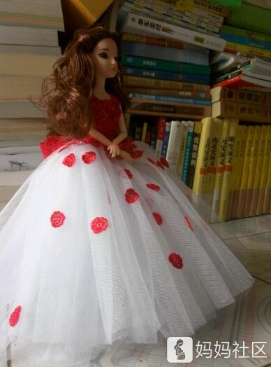 芭比娃娃的礼服